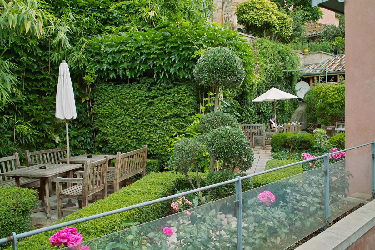 Cour des loges h tel 5 toiles lyon h tel et spa de luxe for Jardin couvert lyon